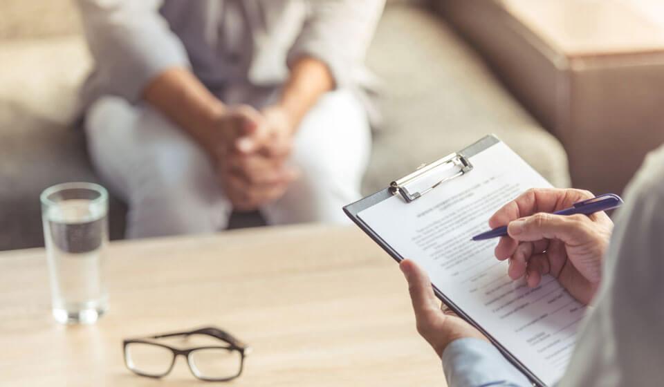 Quais-os-benefícios-do-acompanhamento-de-um-psicólogo-na-empresa--ajepsi